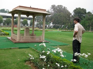 Jem Bendell at site of MK Gandhi assasination, March 2009